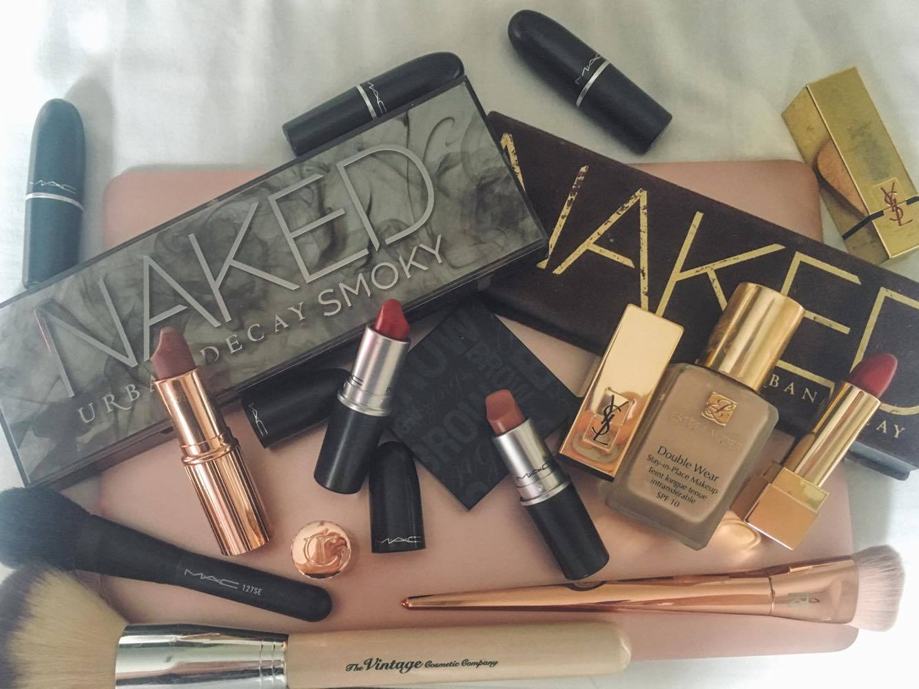 My make up favourites! (instagram: nataly_woods)