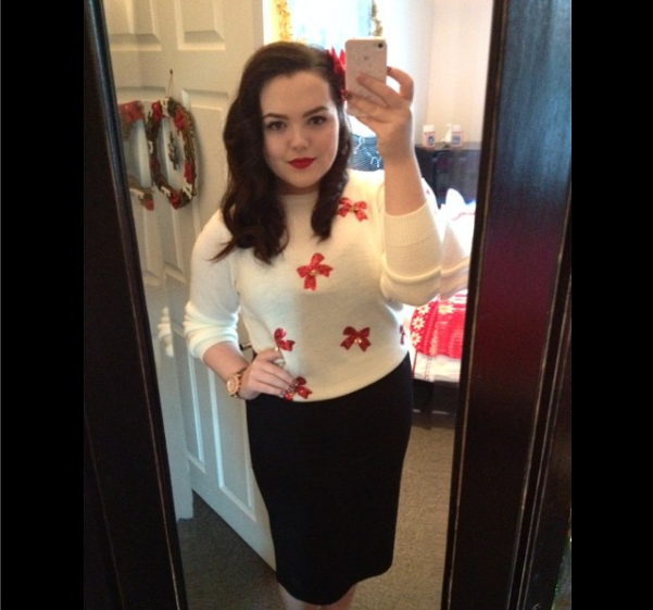 This was my Xmas outfit in 2014 and i was very proud of my pin curling. (Instagram: nataly_woods)