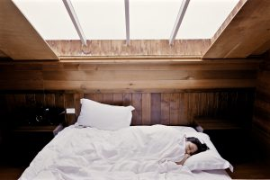 how to wake up on cold winter mornings